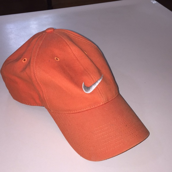 Orange Nike just do it baseball golf hat. M 5afe306450687c5508b96628 feaee2298c8